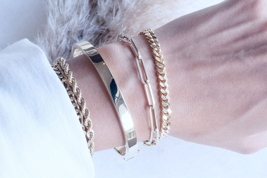 14 carat yellow gold bracelets will always stay in trend