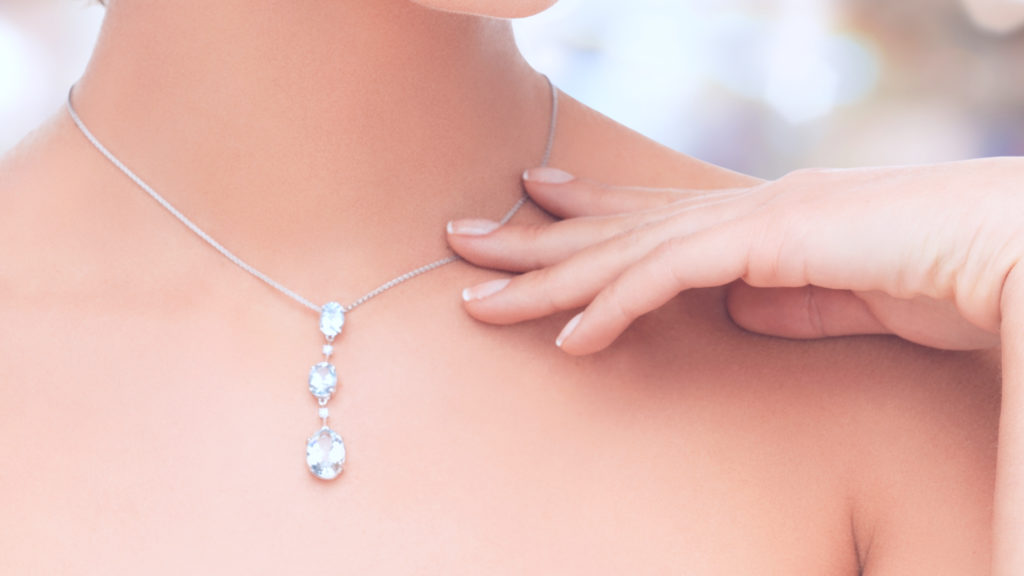 There are several reasons why to invest in diamonds and gemstones