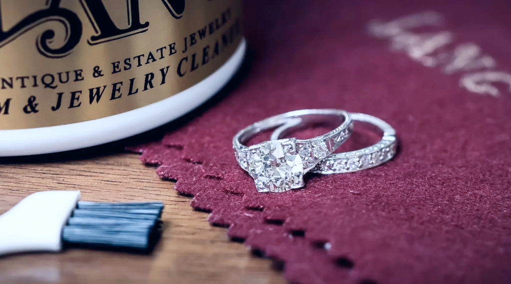 How to care for and clean your jewellery?