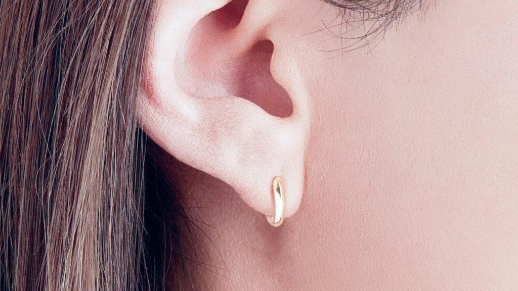 Hoop (rings) earrings